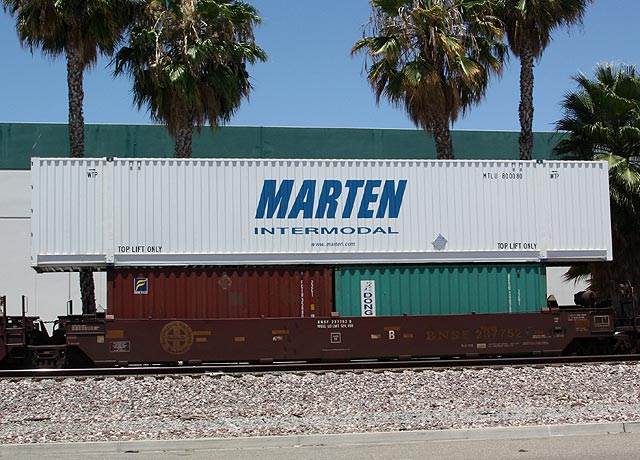 Shipping containers trains magazine trains news wire railroad news railroad industry news - Matson container homes ...